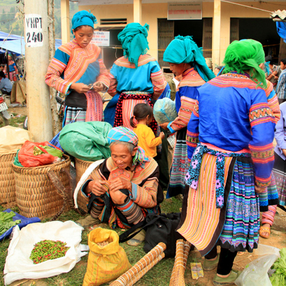Sapa Medium Trek & Sunday Market 3 Days